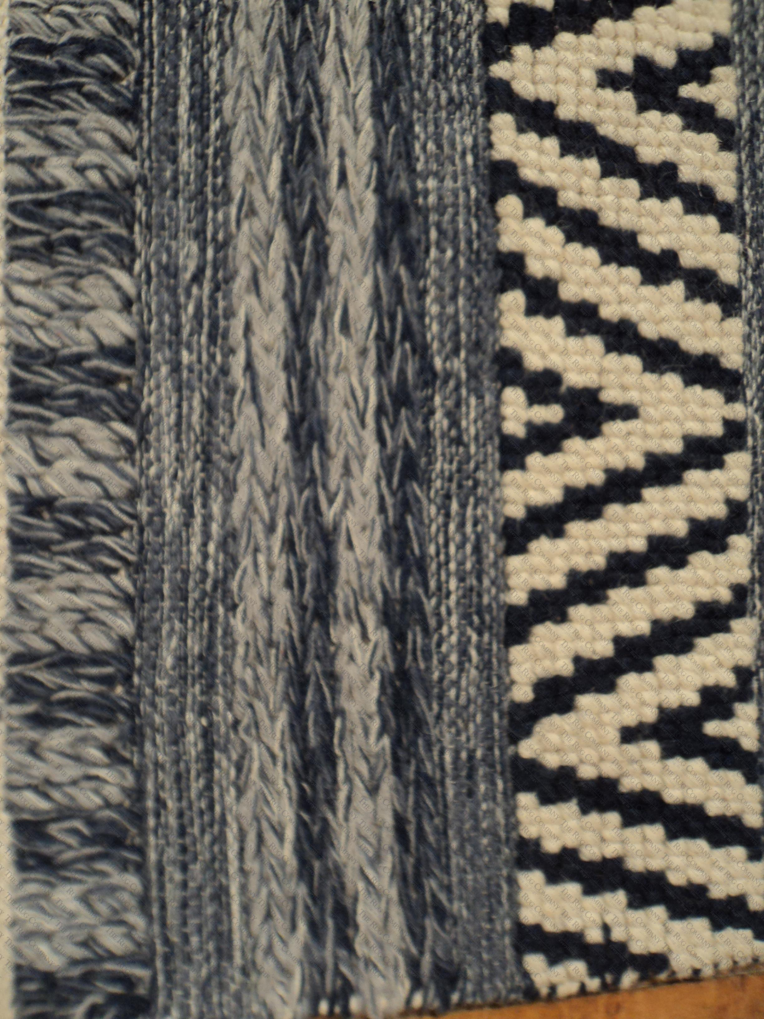 moroccan style blue ivory 2 39 x4 39 the rug company. Black Bedroom Furniture Sets. Home Design Ideas